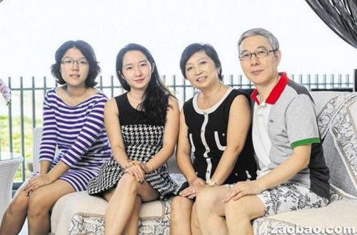 燕福龙照片_新加坡的中国新移民夫妇:与孩子一起成长_新加坡频道_新华网