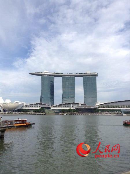 新加坡金沙娱乐城_另一只眼看狮城:危机感是最强大的原动力_新加坡频道_新华网