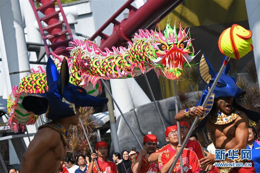 (XHDW)(1)新加坡:舞龍迎新年