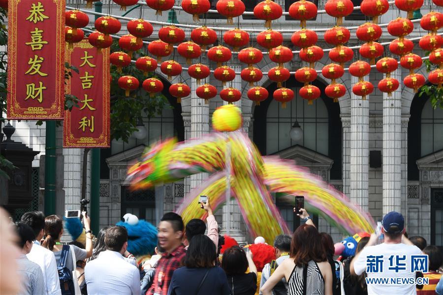 (XHDW)(4)新加坡:舞龍迎新年
