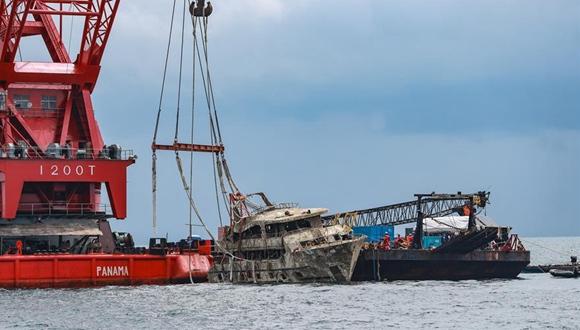 """泰國將封鎖打撈上岸的""""鳳凰""""號以開展調查"""