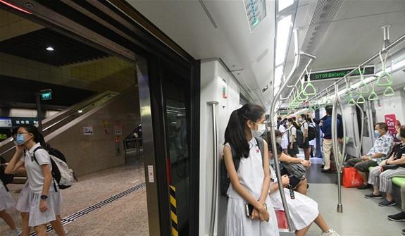 """新加坡""""阻斷措施""""到期 逐步放寬限制"""